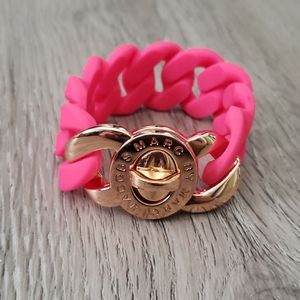☃️ 3/$75 Marc Jacobs Turnlock Silicone Bracelet